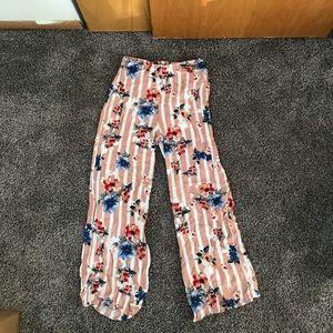 Super cute flowy beach pants